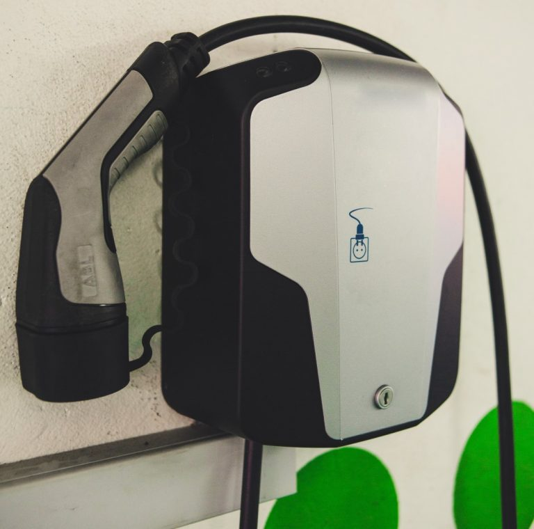 wall-mounted-electric-charging-box